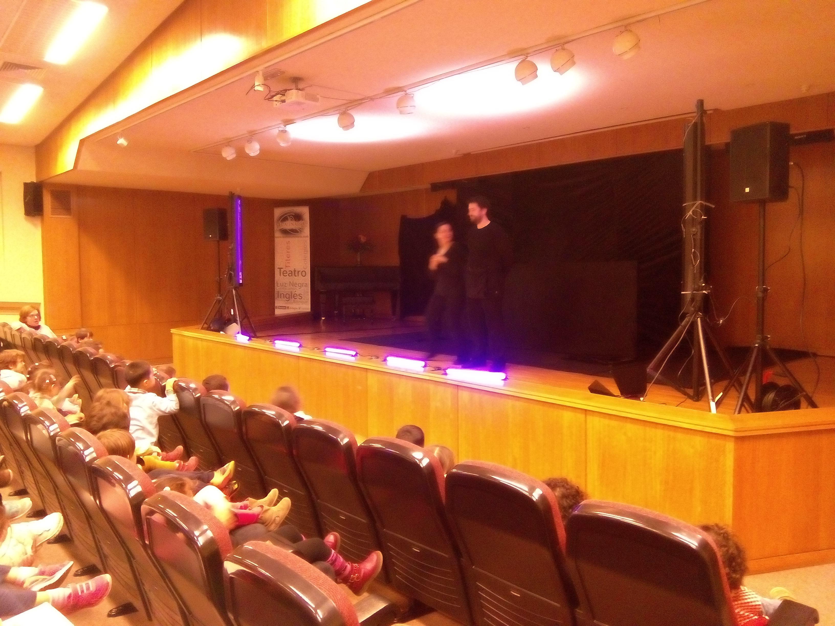 Teatro en ingl s infantil y 1 y 2 de primaria for Ceip llamados