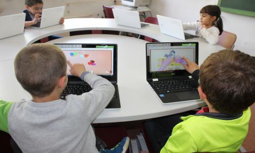 Aula de informática y laboratorio